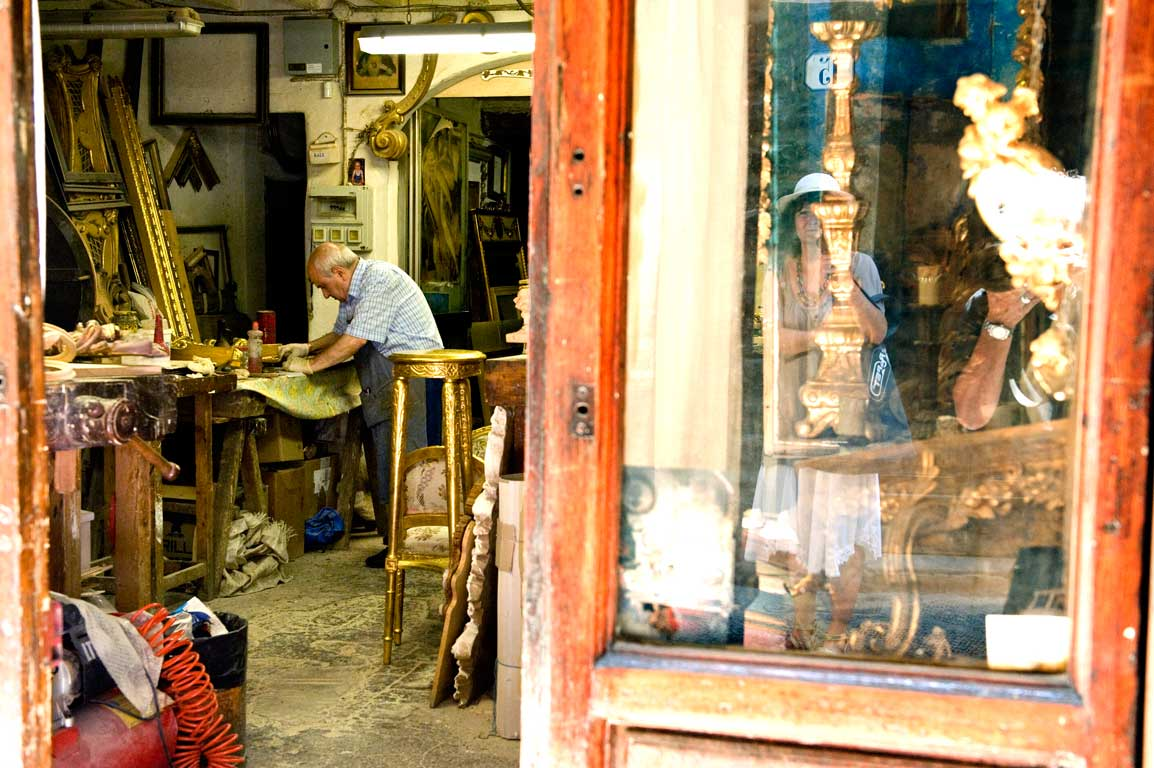 Battiloro in his workshop