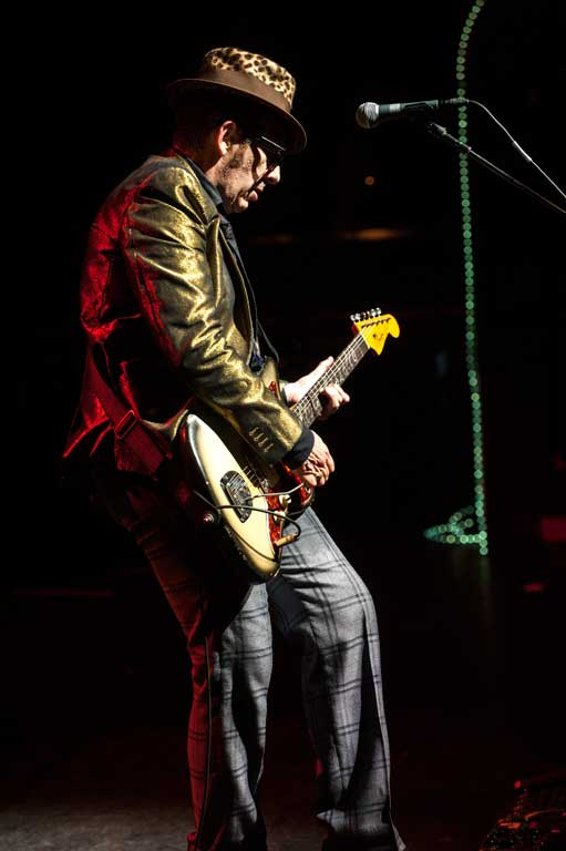 Elvis Costello, Spinning Wheel, PAris Olympia-James O'Mara Photography