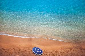 Umbrella Beach-Cote d' Azur-James O'Mara